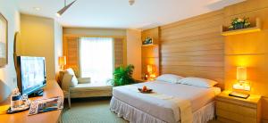 Superior_Room_Marina_Lodge